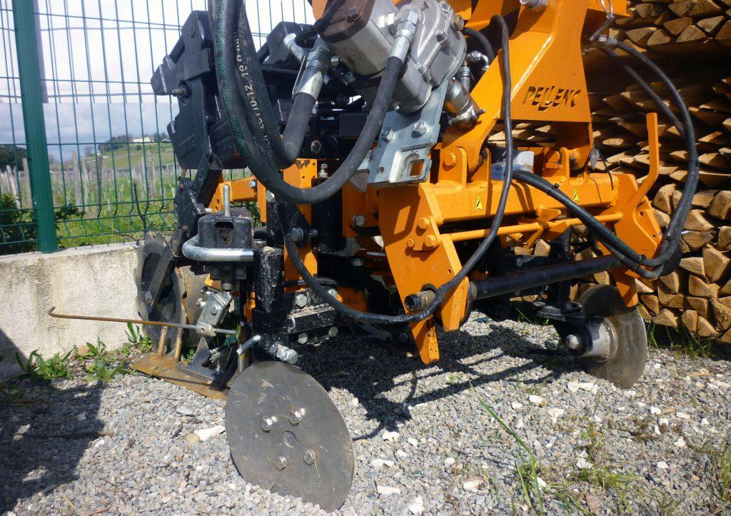 pellenc cultivateur lame travail du sol vigne par prestataire
