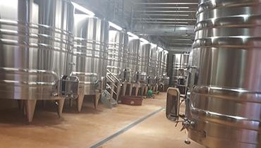vinifications-preparation-chai-cuvier-prestataire-viticole-bordeaux
